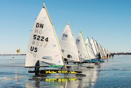 DN Iceboat start