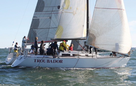 A Club Team Wins the Intercollegiate Offshore Regatta