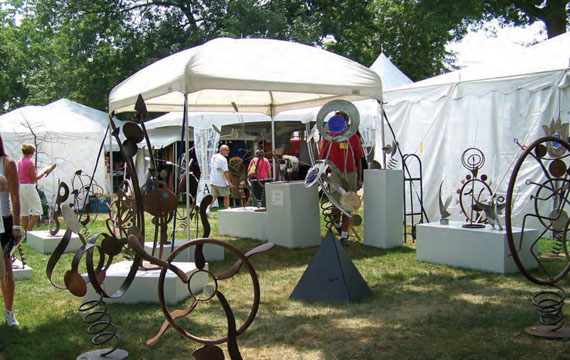 The Guilford Art Center's Craft Expo is one of many popular events held each year on the Guilford Green. © Maureen Belden