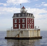 https://windcheckmagazine.com/app/uploads/2019/01/lighthouse-1.jpg