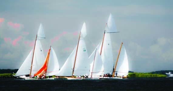 https://windcheckmagazine.com/app/uploads/2019/01/yachting_chesapeake_bay-1.jpg