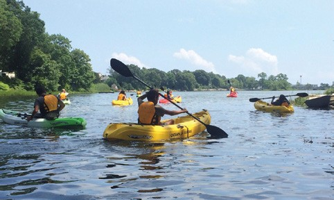 NESS students from New London paddling to Alewife Cove