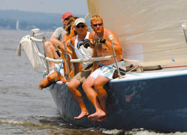 light air sailing