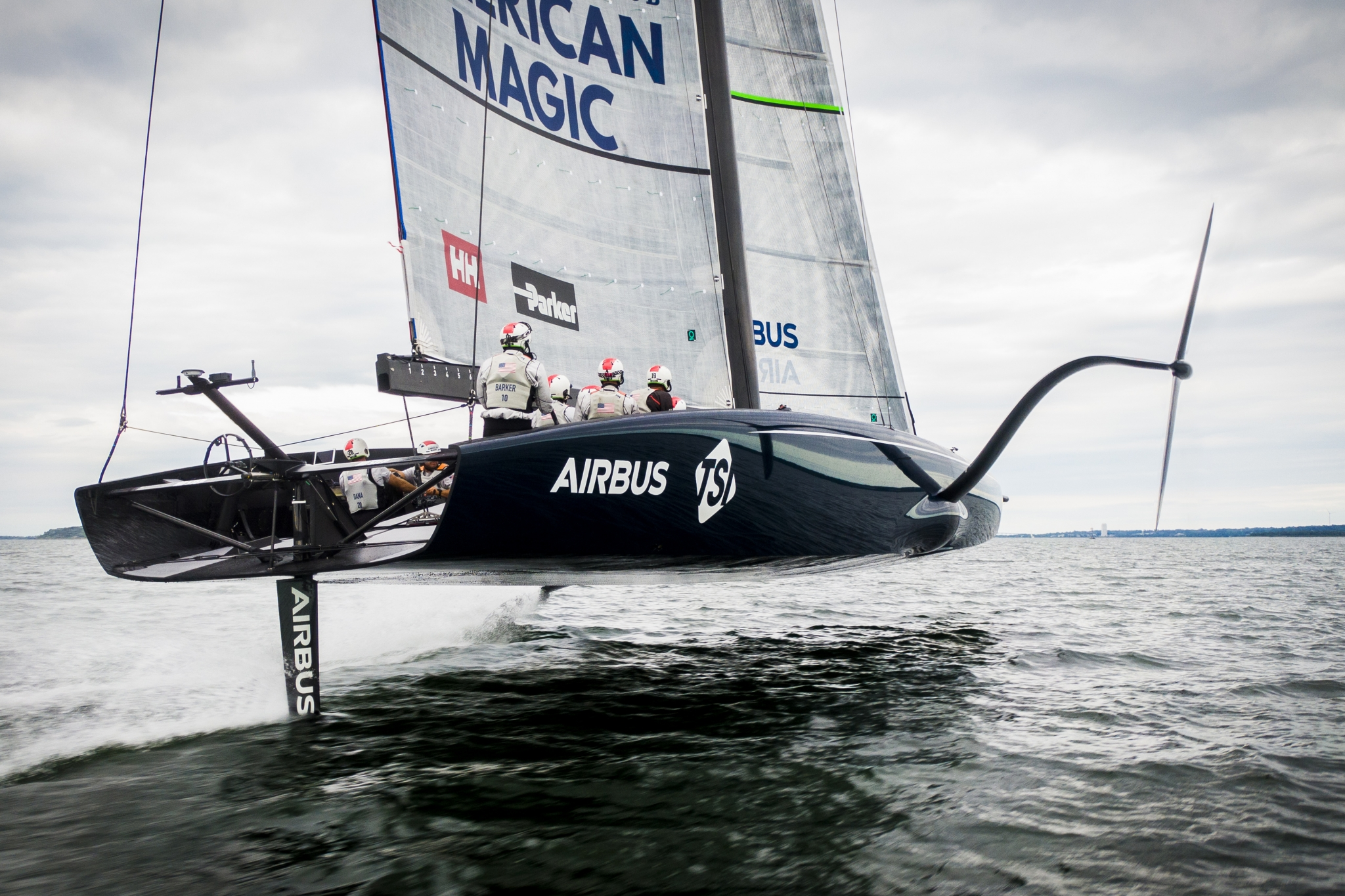 KVH Named Official Supplier of American Magic, Challenger for the 36th America's Cup