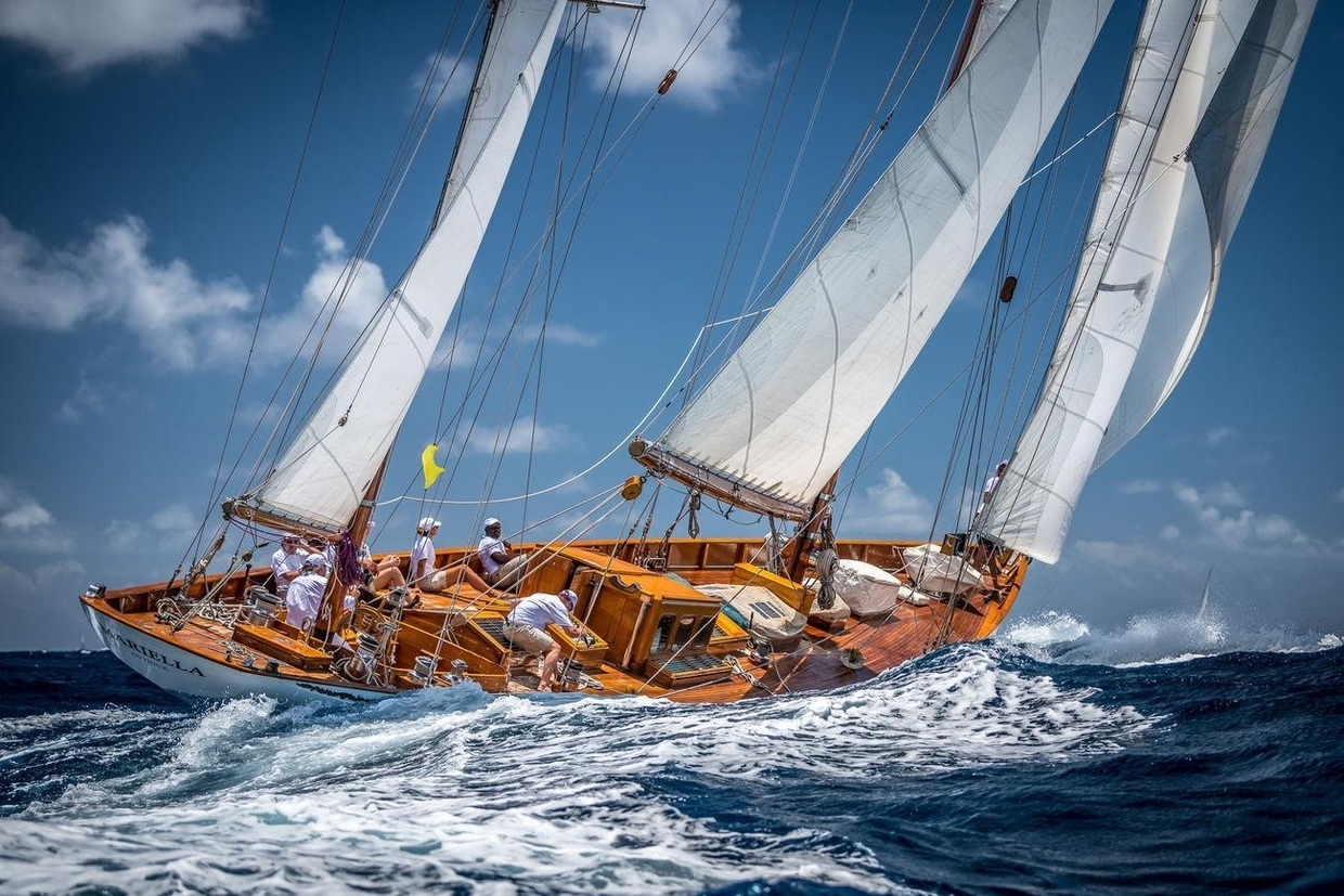 The Classic Yacht Owners Association's Annual Meeting and Fall Classics Party is November 9